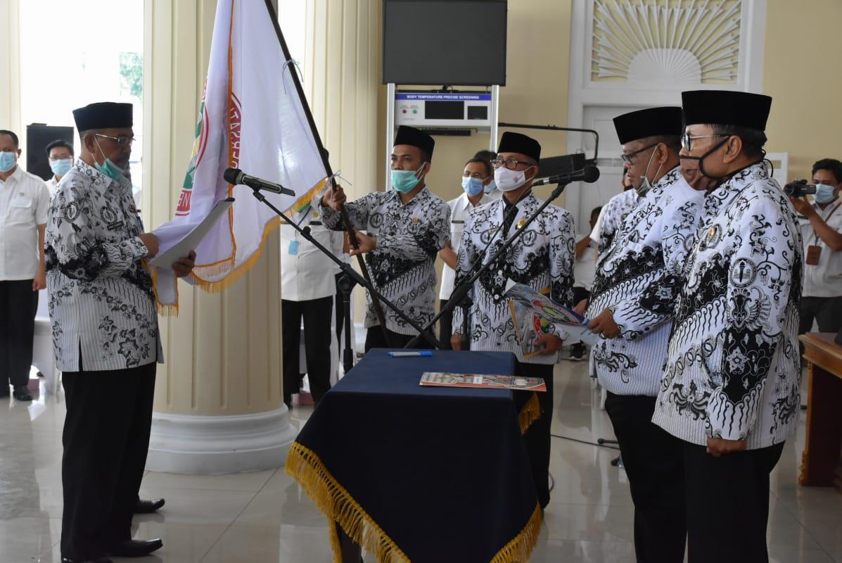 Bupati Hadiri Pelantikan Pengurus PGRI Kabupaten Majalengka